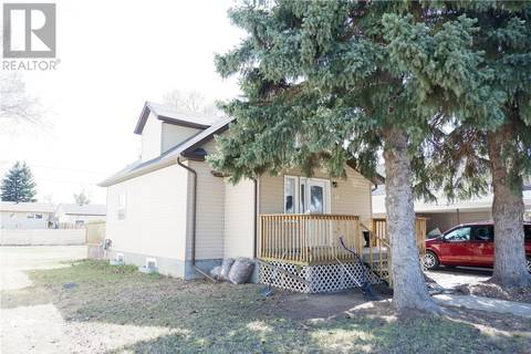 House for sale at 504 6th Ave E Assiniboia Saskatchewan - MLS: SK800333