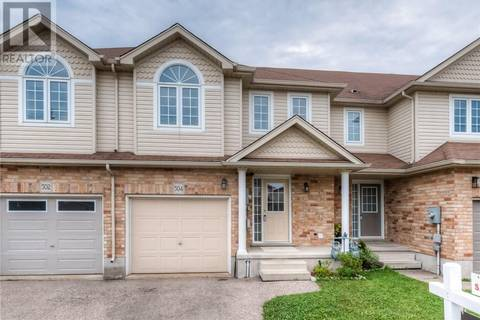 Townhouse for sale at 504 Doon South Dr Kitchener Ontario - MLS: 30749457