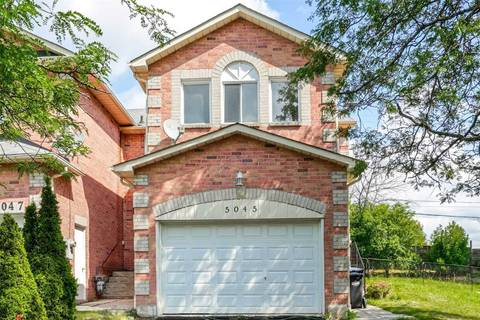 Townhouse for sale at 5045 Rundle Ct Mississauga Ontario - MLS: W4575095