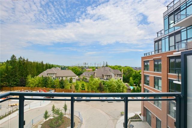 For Sale: 505 - 11611 Yonge Street, Richmond Hill, ON | 1 Bed, 1 Bath Condo for $349,900. See 8 photos!