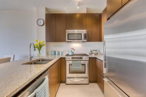 Condo for sale at 135 2nd St W Unit 505 North Vancouver British Columbia - MLS: R2435181