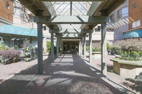 Condo for sale at 15111 Russell Ave Unit 505 White Rock British Columbia - MLS: R2352578