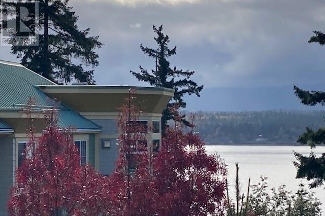 Condo for sale at 2275 Comox Ave Unit 505 Comox British Columbia - MLS: 860565