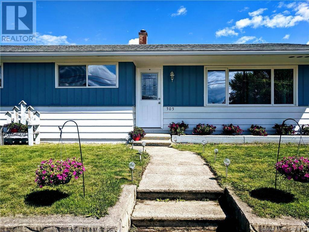 House for sale at 505 2nd Street Crescent Southeast Manning Alberta - MLS: GP214172