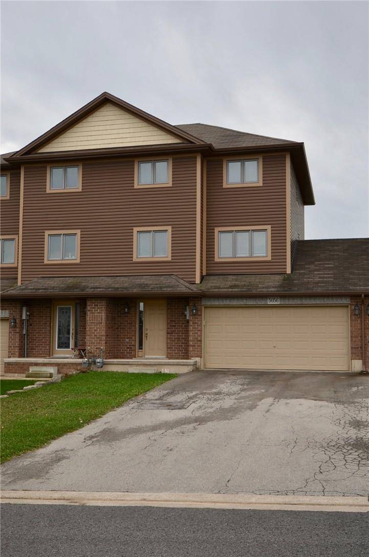 Townhouse for sale at 5056 Cassandra Dr Beamsville Ontario - MLS: H4064608
