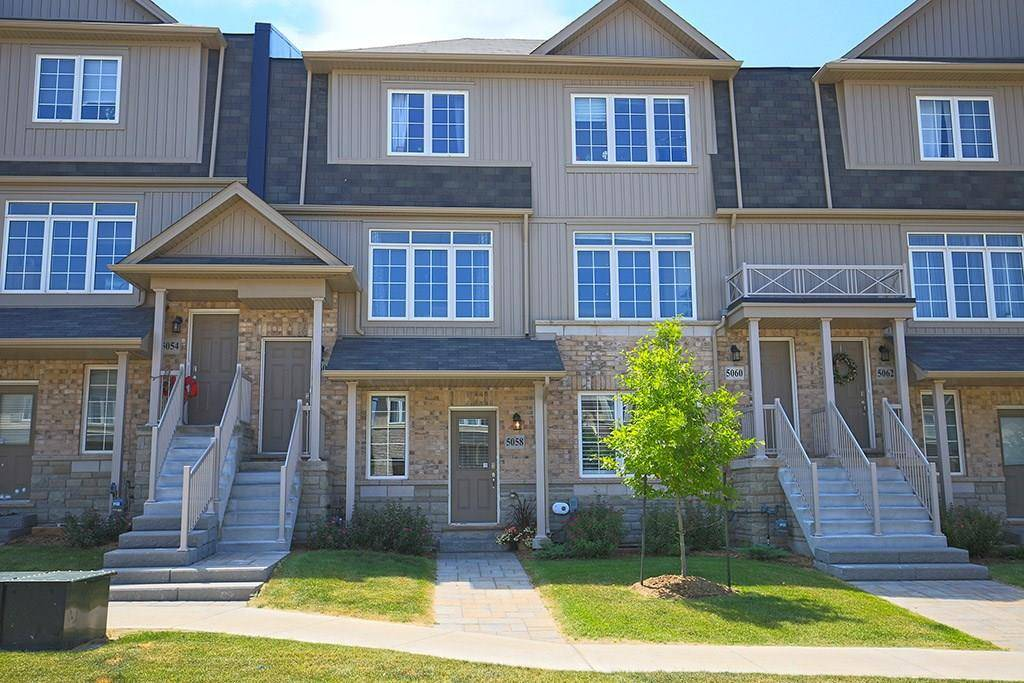 Townhouse for sale at 5058 Serena Dr Beamsville Ontario - MLS: H4058209