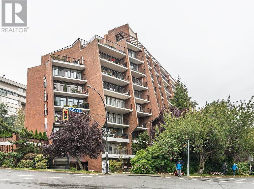 Buliding: 777 Blanshard Street, Victoria, BC