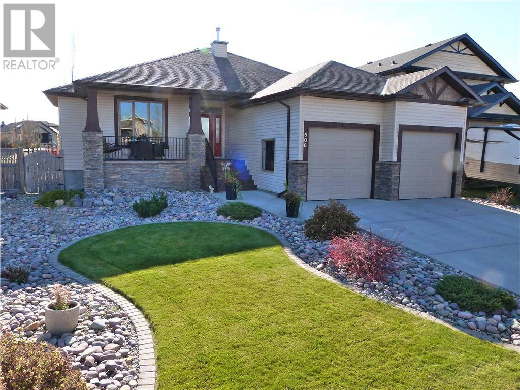 506 Canyon Cove W, Lethbridge | Image 1