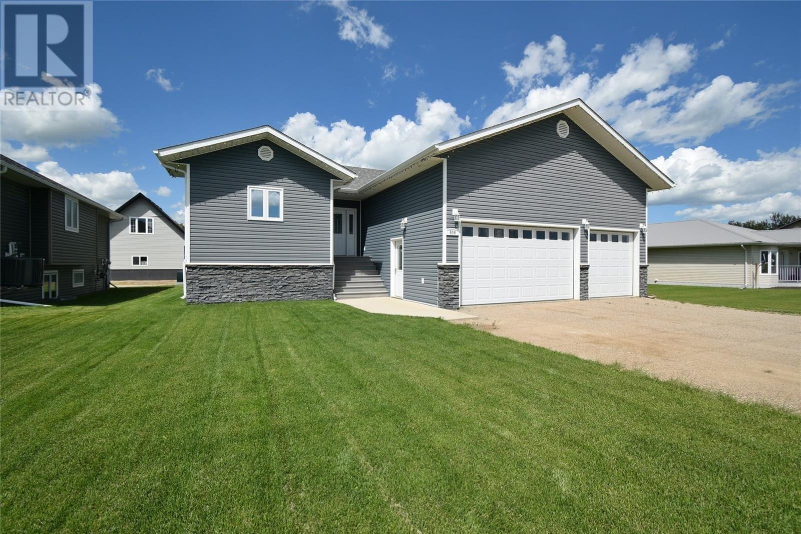 House for sale at 506 Wright Rd Moosomin Saskatchewan - MLS: SK818400