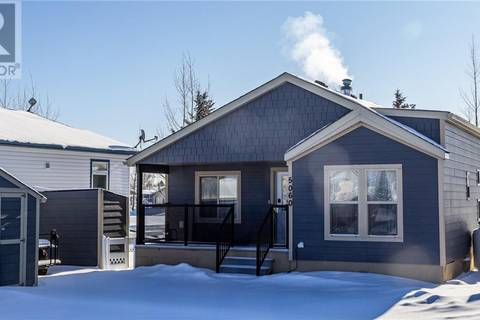 Home for sale at 35468 Range Rd Unit 5060 Red Deer County Alberta - MLS: ca0190868