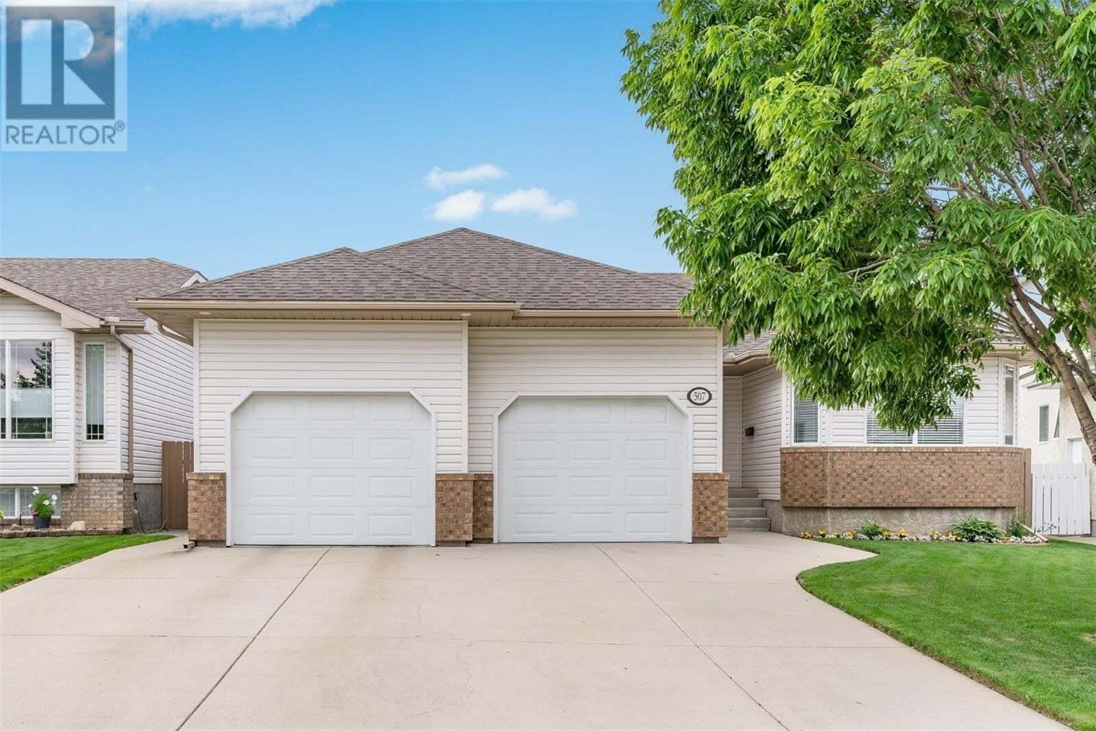 House for sale at 507 Beerling Cres Saskatoon Saskatchewan - MLS: SK817123