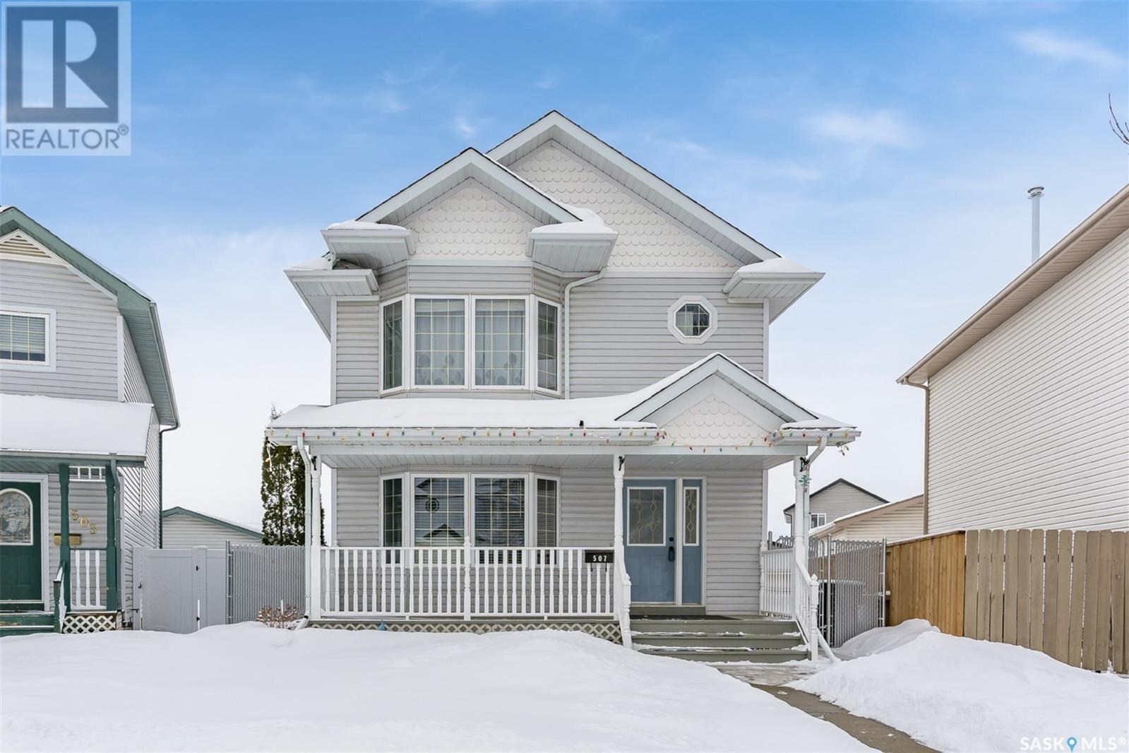 House for sale at 507 Carter Wy Saskatoon Saskatchewan - MLS: SK839446