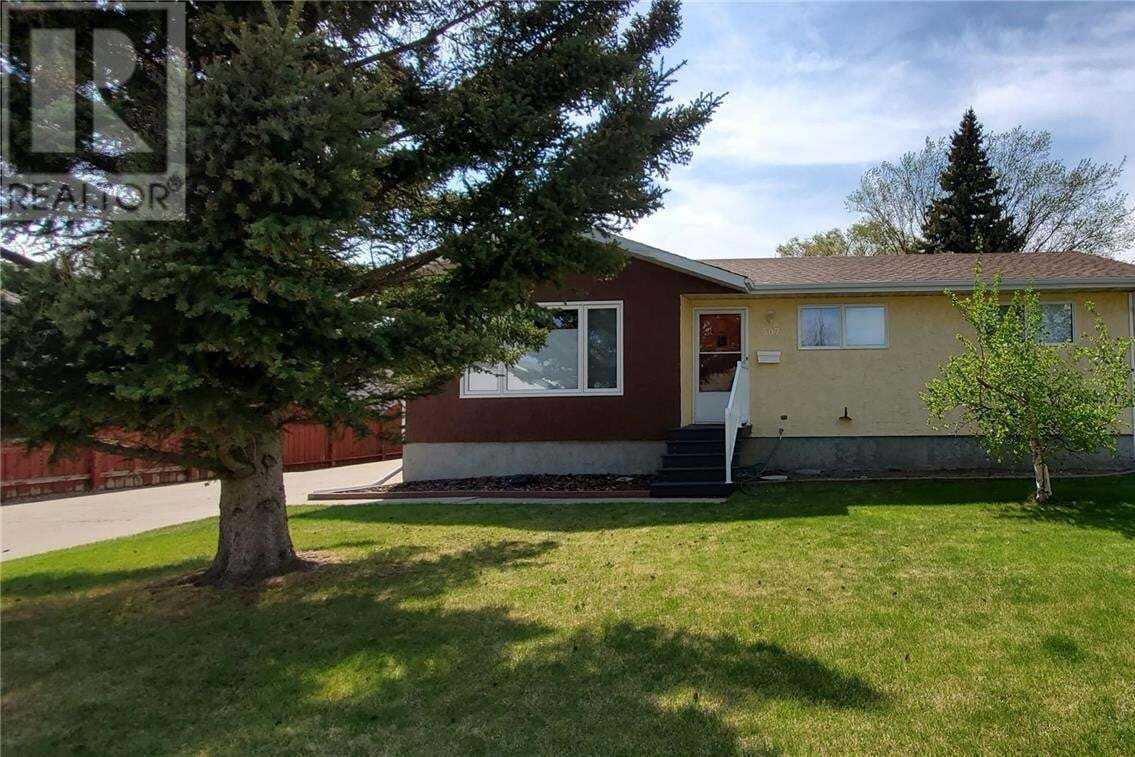 House for sale at 507 Mertz By Weyburn Saskatchewan - MLS: SK809488