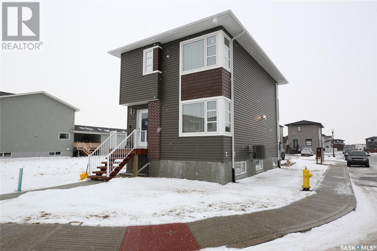 House for sale at 5071 Crane Cres Regina Saskatchewan - MLS: SK837316