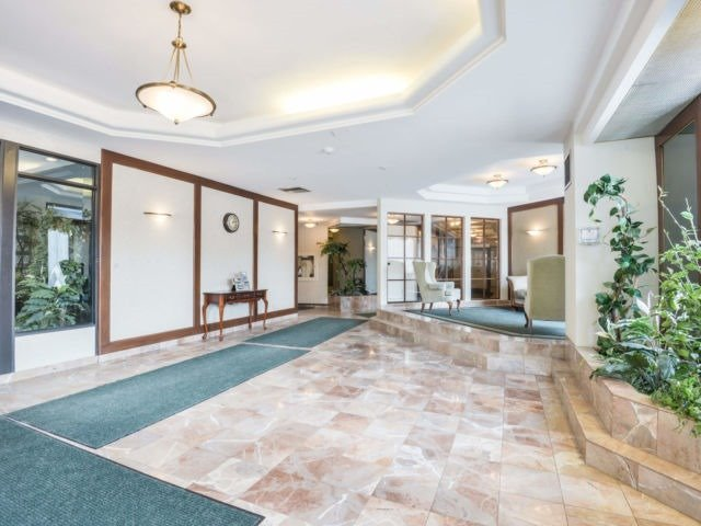 For Sale: 509 - 26 Hanover Road, Brampton, ON | 2 Bed, 2 Bath Condo for $379,900. See 20 photos!