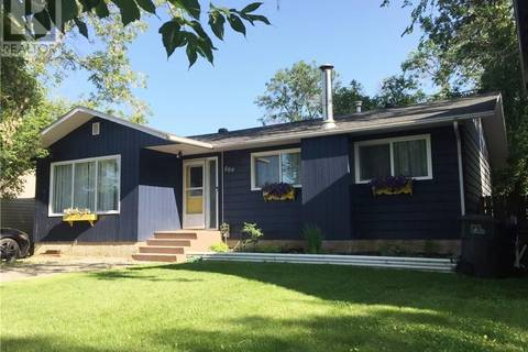 House for sale at 509 3rd Ave W Meadow Lake Saskatchewan - MLS: SK742719