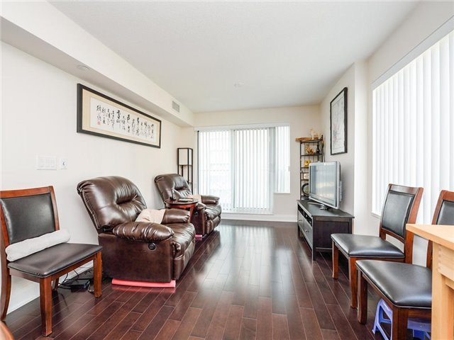 For Sale: 509 - 8200 Birchmount Road, Markham, ON | 1 Bed, 1 Bath Condo for $480,000. See 16 photos!