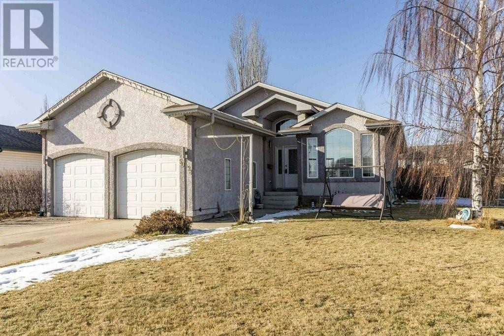 House for sale at 5098 Prairie Ridge Ave Blackfalds Alberta - MLS: ca0183038