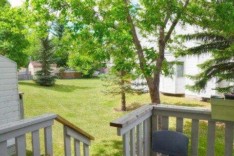 Townhouse for sale at 51 Abbeydale Villas NE Calgary Alberta - MLS: A1045585