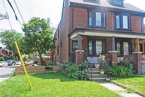 Townhouse for sale at 51 Auburn Ave Toronto Ontario - MLS: W4535826