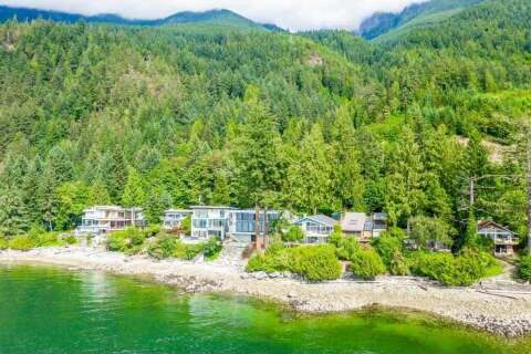 House for sale at 51 Brunswick Beach Rd Lions Bay British Columbia - MLS: R2503695
