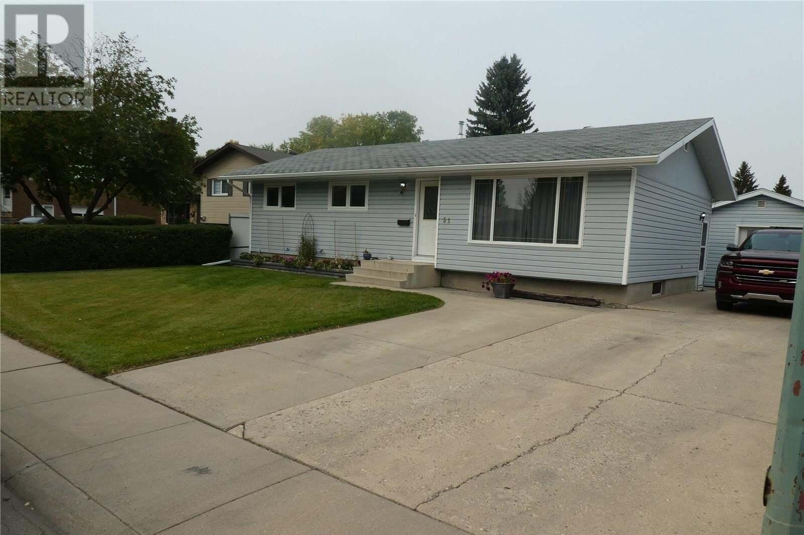 House for sale at 51 Jordan Pl Saskatoon Saskatchewan - MLS: SK827447