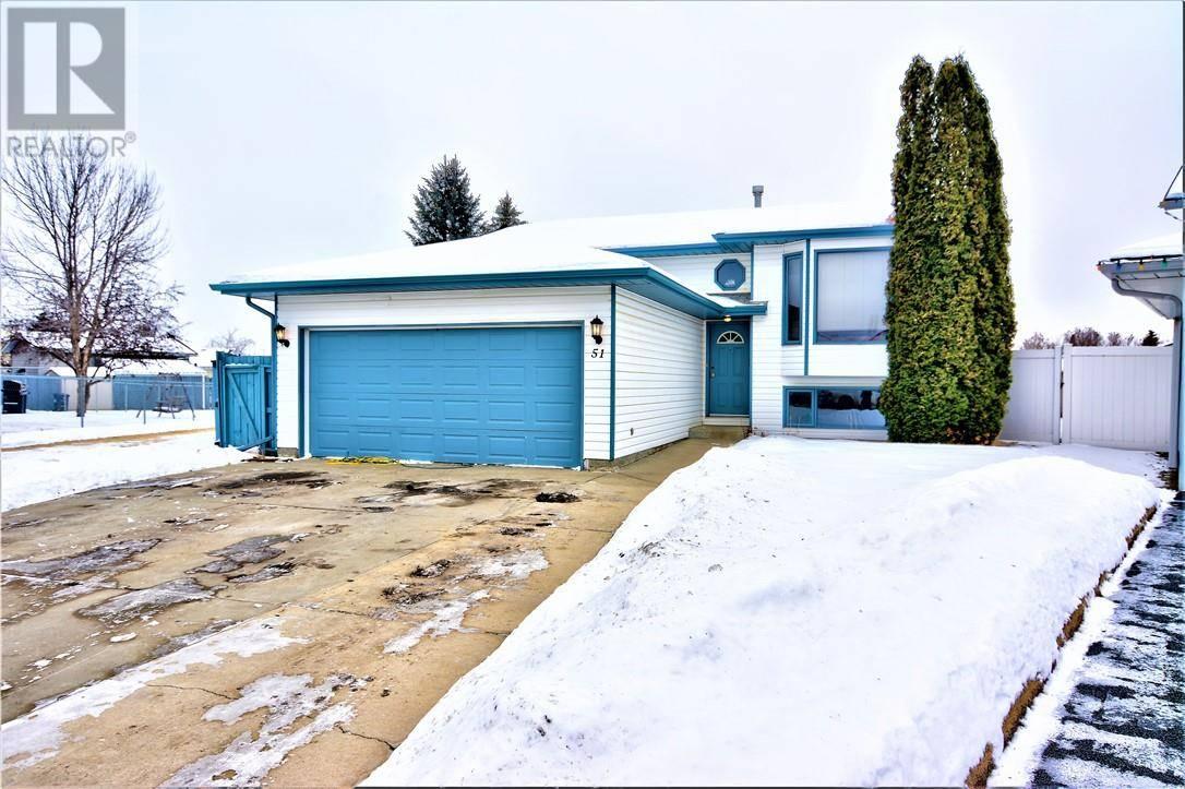 House for sale at 51 Kemp Ave Red Deer Alberta - MLS: ca0185568
