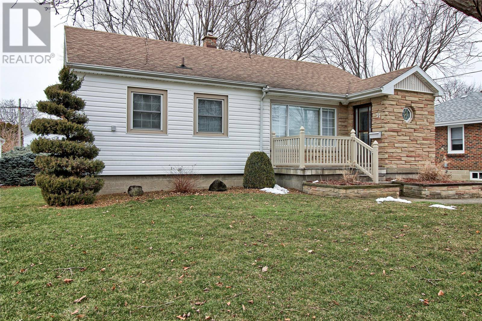 House for sale at 51 Mcgeorge Ave Chatham Ontario - MLS: 20001689