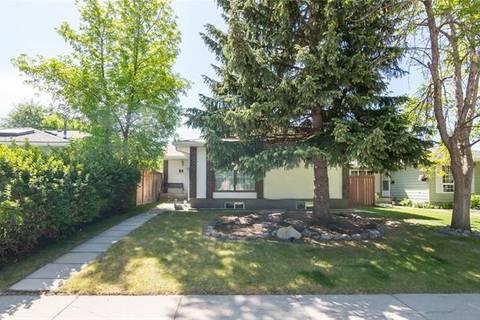 House for sale at 51 Midglen Dr Southeast Calgary Alberta - MLS: C4249165