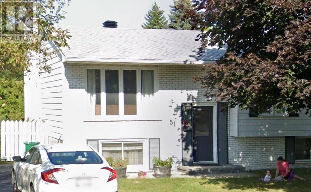 51 overlake drive, ottawa for sale 575,000 zolo.ca