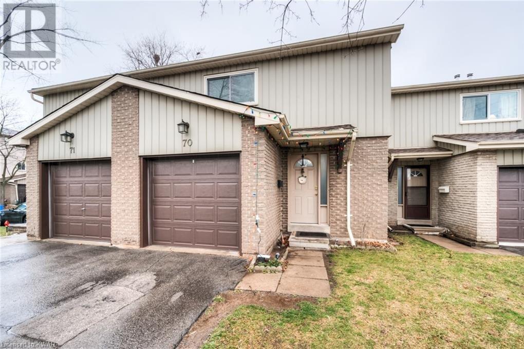 Townhouse for sale at 51 Paulander Dr Kitchener Ontario - MLS: 40048384