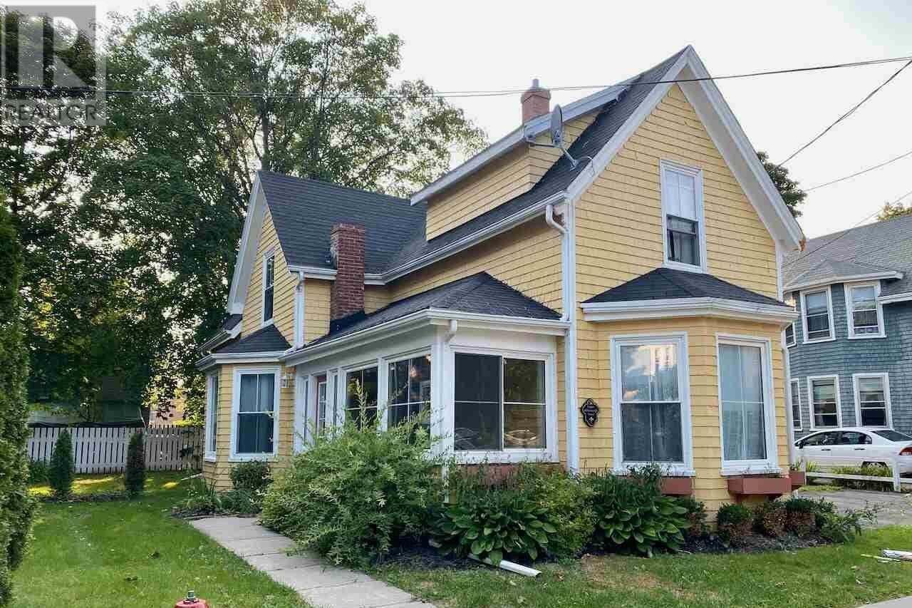Townhouse for sale at 51 Upper Hillsborough St Charlottetown Prince Edward Island - MLS: 202020161