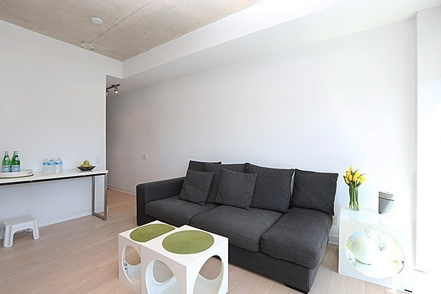 For Rent: 510 - 318 King Street, Toronto, ON | 1 Bed, 1 Bath Condo for $1,915. See 8 photos!
