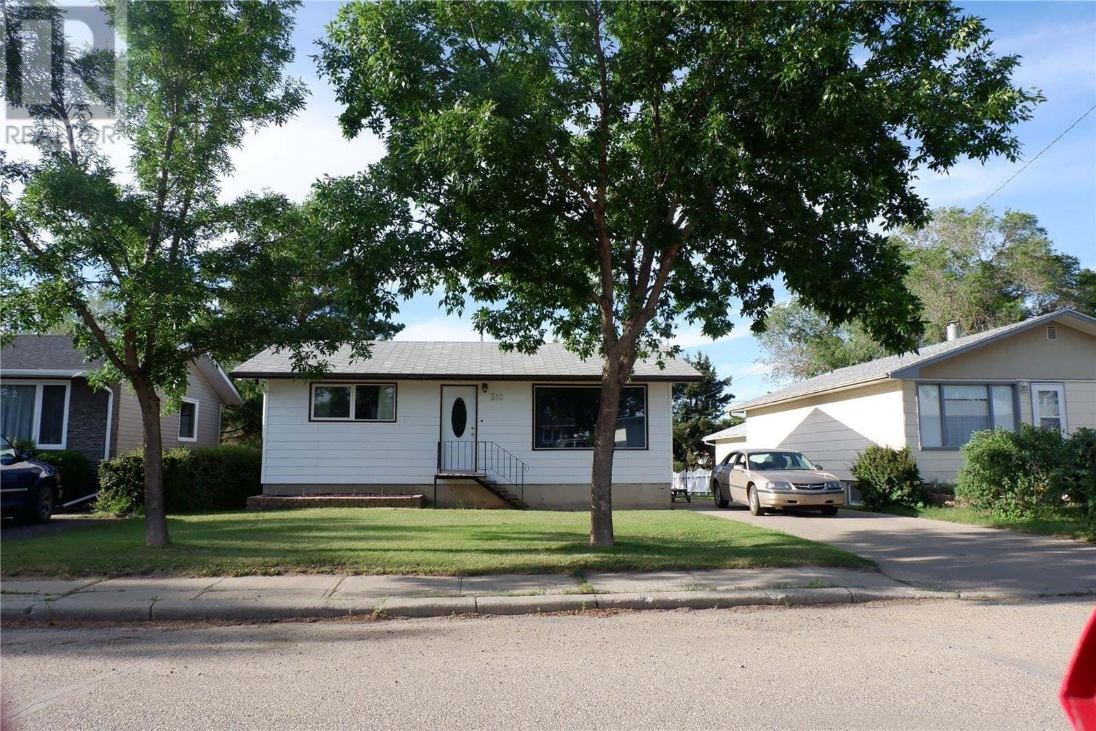 House for sale at 510 6th Ave W Assiniboia Saskatchewan - MLS: SK814222