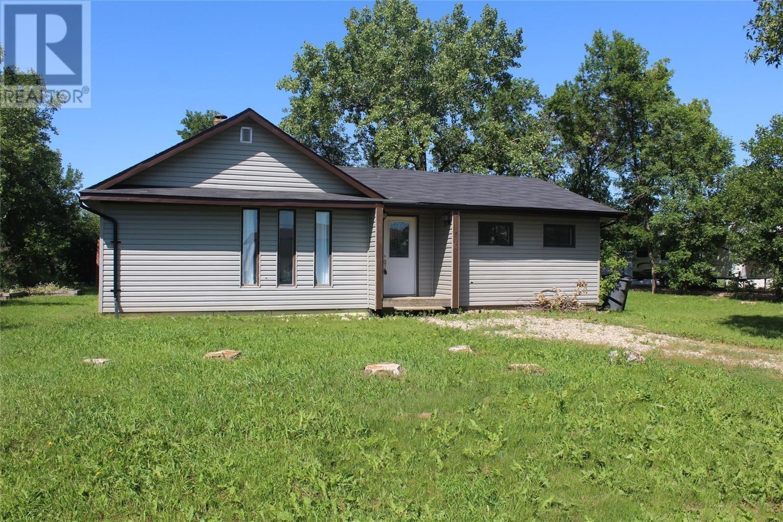 House for sale at 510 Eisenhower St Midale Saskatchewan - MLS: SK818855