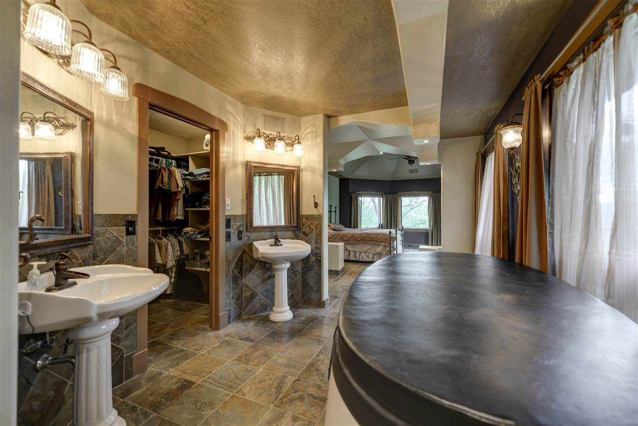 For Sale: 51007 Rge Rd 263 Road, Rural Parkland County, AB   6 Bed, 3 Bath House for $1,100,000. See 30 photos!