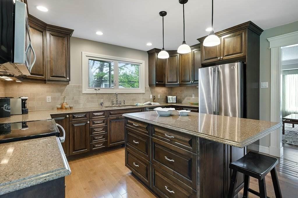 House for sale at 5103 Lansdowne Dr NW Edmonton Alberta - MLS: E4220870