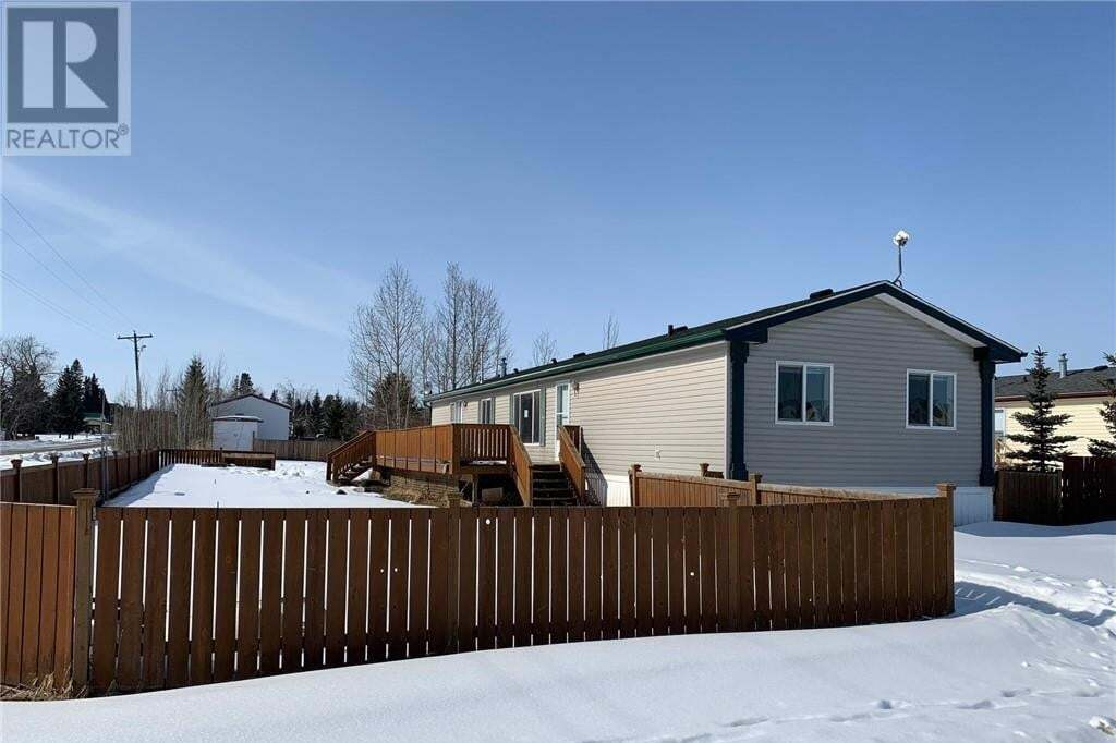 Home for sale at 5106 45 St Clive Alberta - MLS: ca0191322