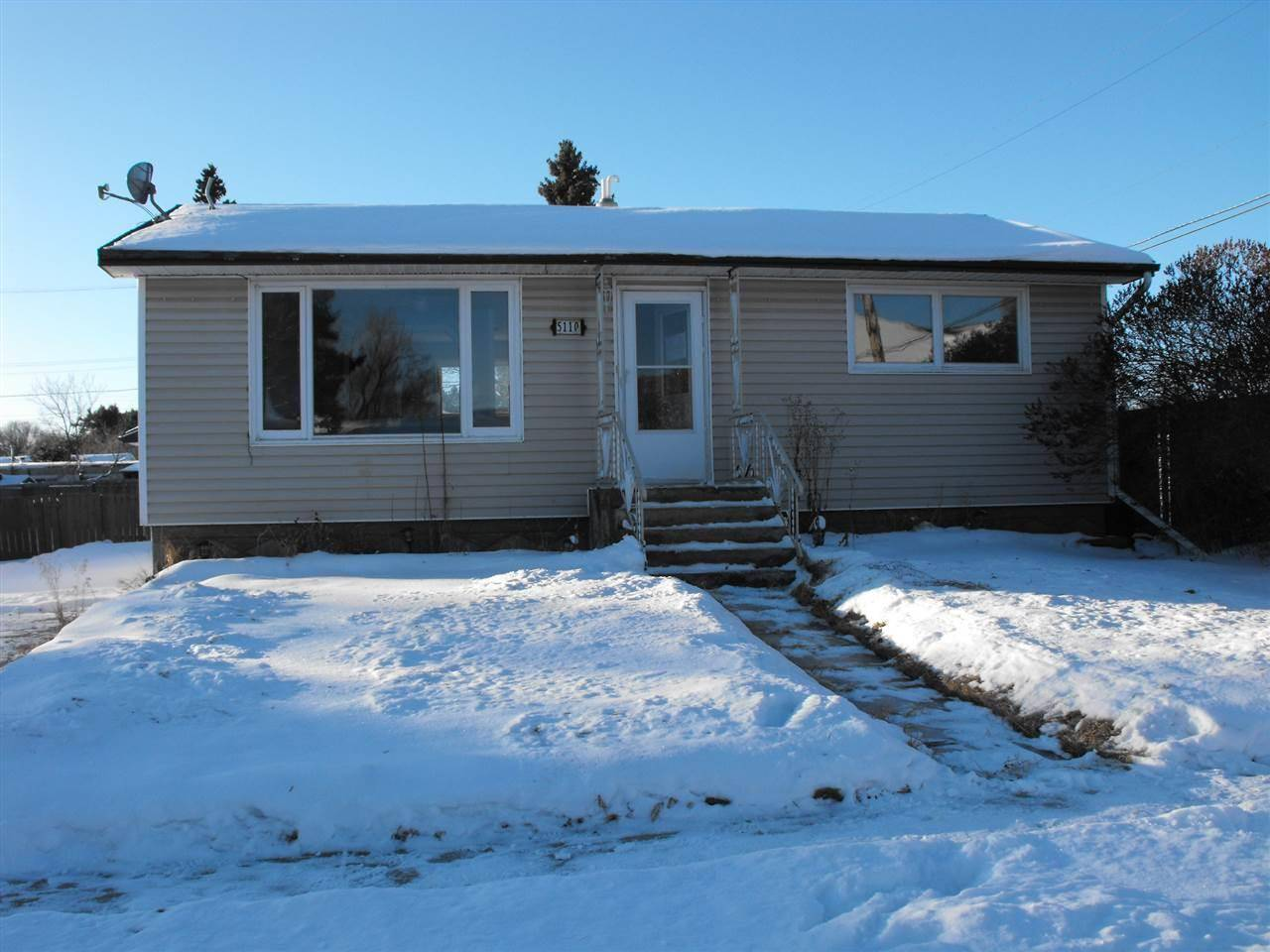 House for sale at 5110 50 St Elk Point Alberta - MLS: E4185411