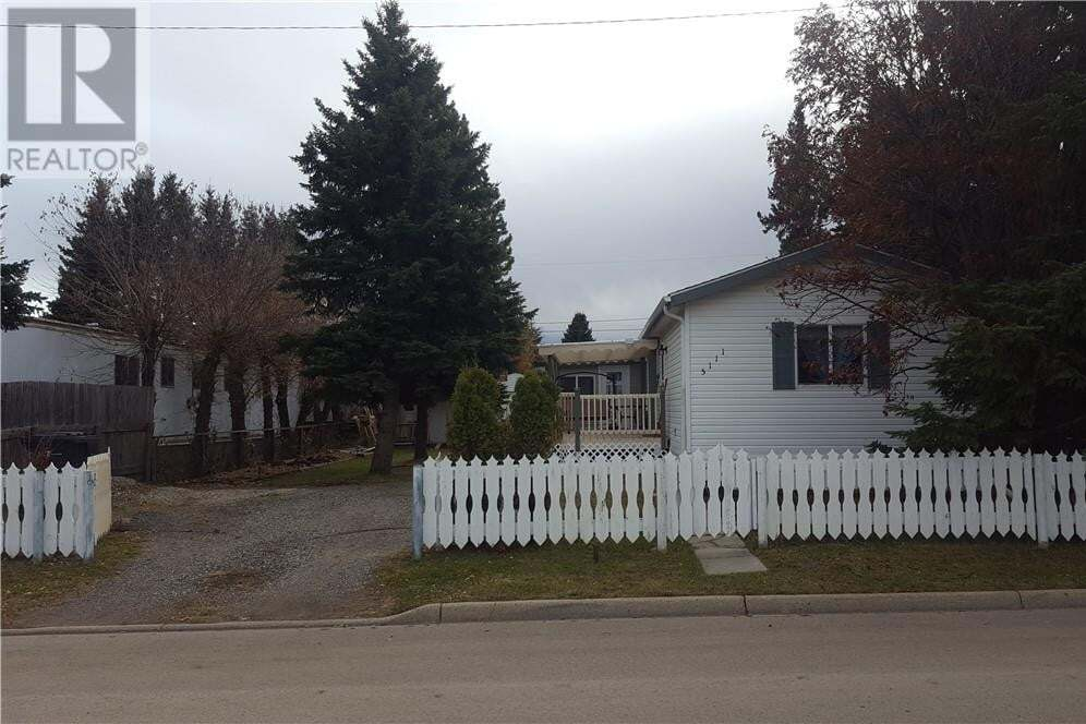 Home for sale at 5111 55 Ave Eckville Alberta - MLS: ca0194133