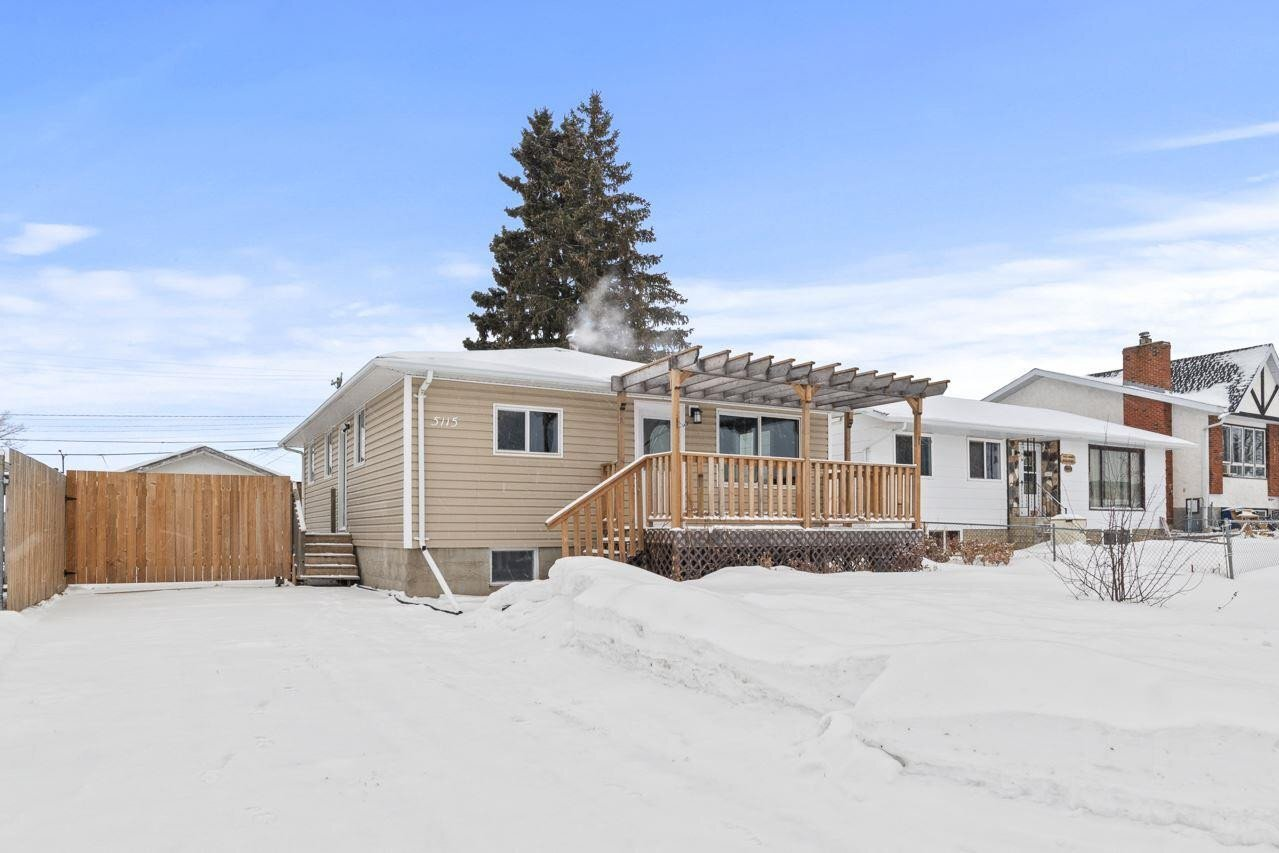 House for sale at 5115 56 St Cold Lake Alberta - MLS: E4135439