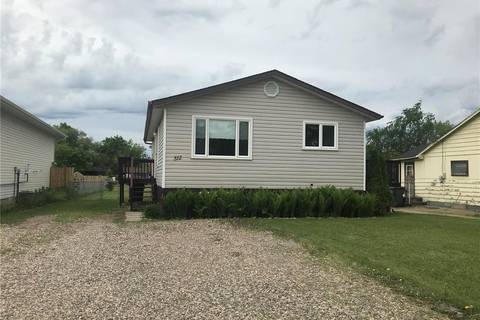 House for sale at 512 2nd Ave W Meadow Lake Saskatchewan - MLS: SK776598