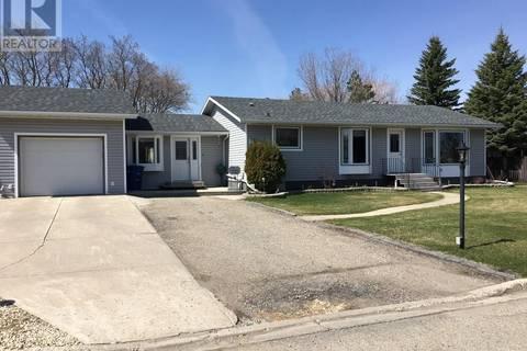 House for sale at 512 Dennis St Esterhazy Saskatchewan - MLS: SK768737