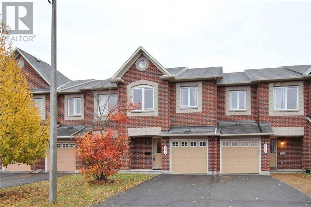 Townhouse for rent at 512 Temiskaming Cres Ottawa Ontario - MLS: 1174878