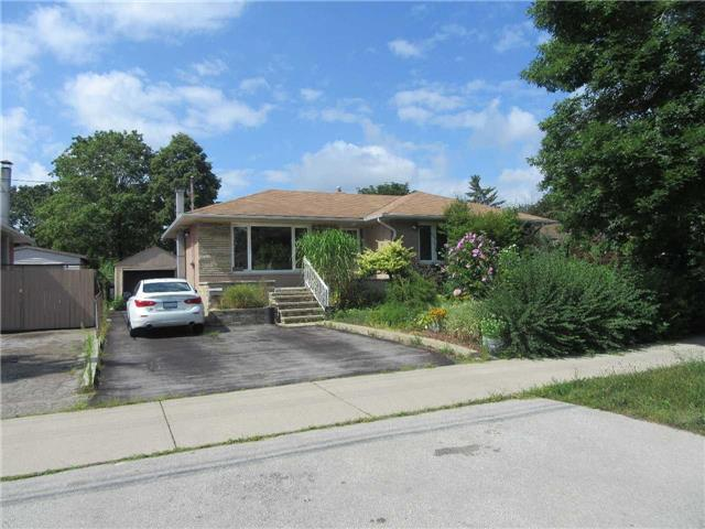 Sold: 512 Third Line, Oakville, ON