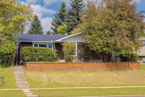 House for sale at 5124 Brisebois Dr Northwest Calgary Alberta - MLS: C4302721