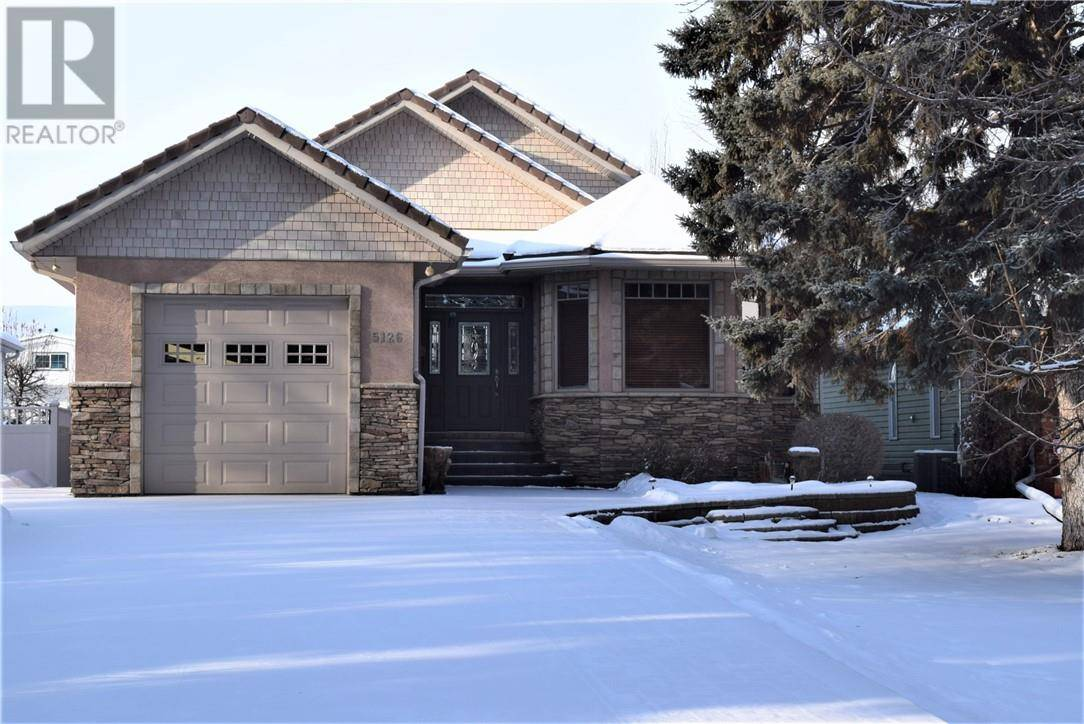 House for sale at 5126 44 Ave Red Deer Alberta - MLS: ca0185938