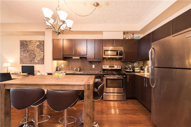 For Rent: 513 - 33 Bay Street, Toronto, ON | 1 Bed, 1 Bath Condo for $2650.00. See 13 photos!