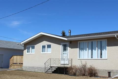 House for sale at 513 3rd St W Wilkie Saskatchewan - MLS: SK805777