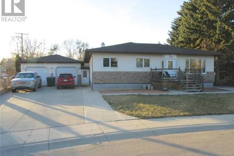 House for sale at 513 Highfield Cres Weyburn Saskatchewan - MLS: SK751153